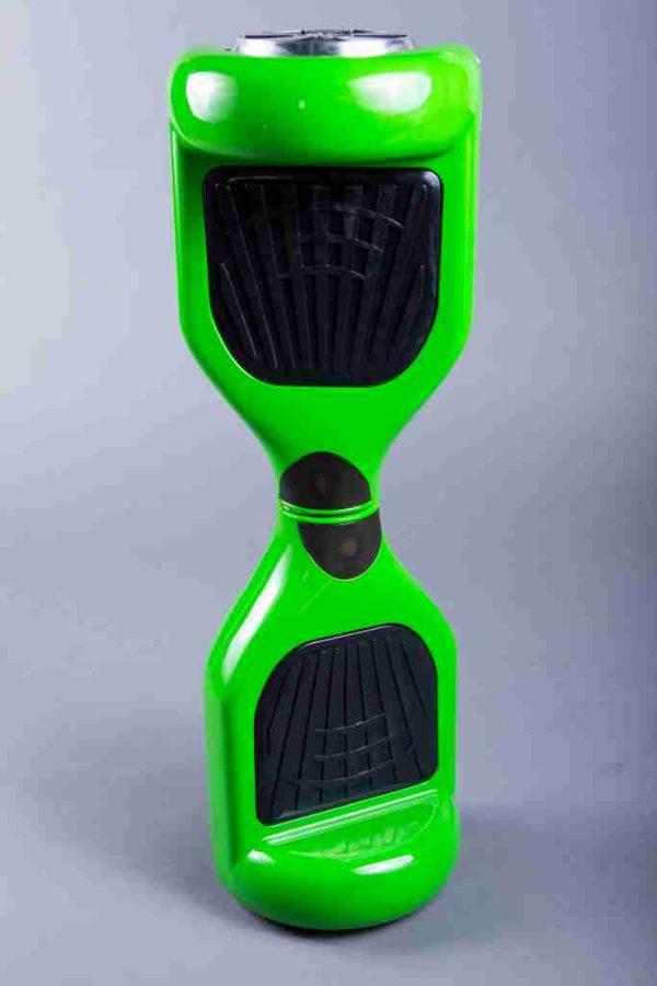 Hoverboard 6,5 zelená fotený na stojato